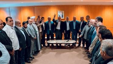 """وصول رئيس المكتب السياسي لحركة """"حماس"""" اسماعيل هنيه والوفد المرافق الى مطار بيروت امس."""