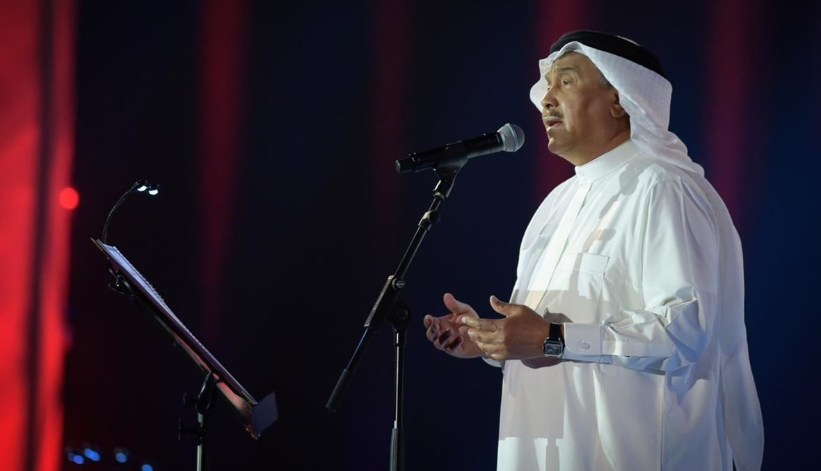 فنان العرب محمد عبده.