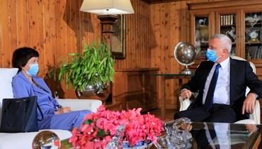 """رئيس """"تيار المردة"""" سليمان فرنجية وممثلة الأمين العام للأمم المتحدة في لبنان يوانا فرونتسكا."""