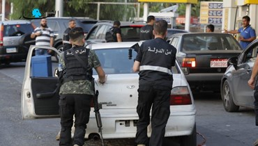 فرض الأمن في محطة وقود (تعبيرية - تصوير مارك فياض).