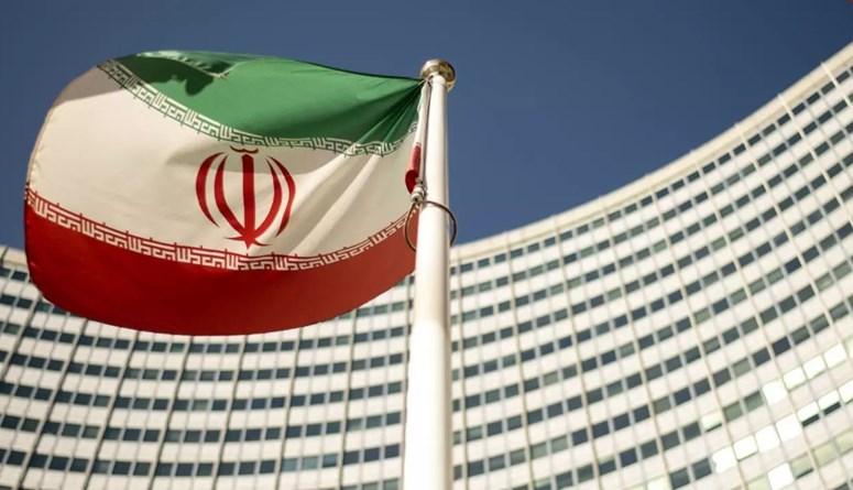 مسؤول إيراني يحسم الجدل: لا مفاوضات قبل أن تبدأ إدارة رئيسي عملها