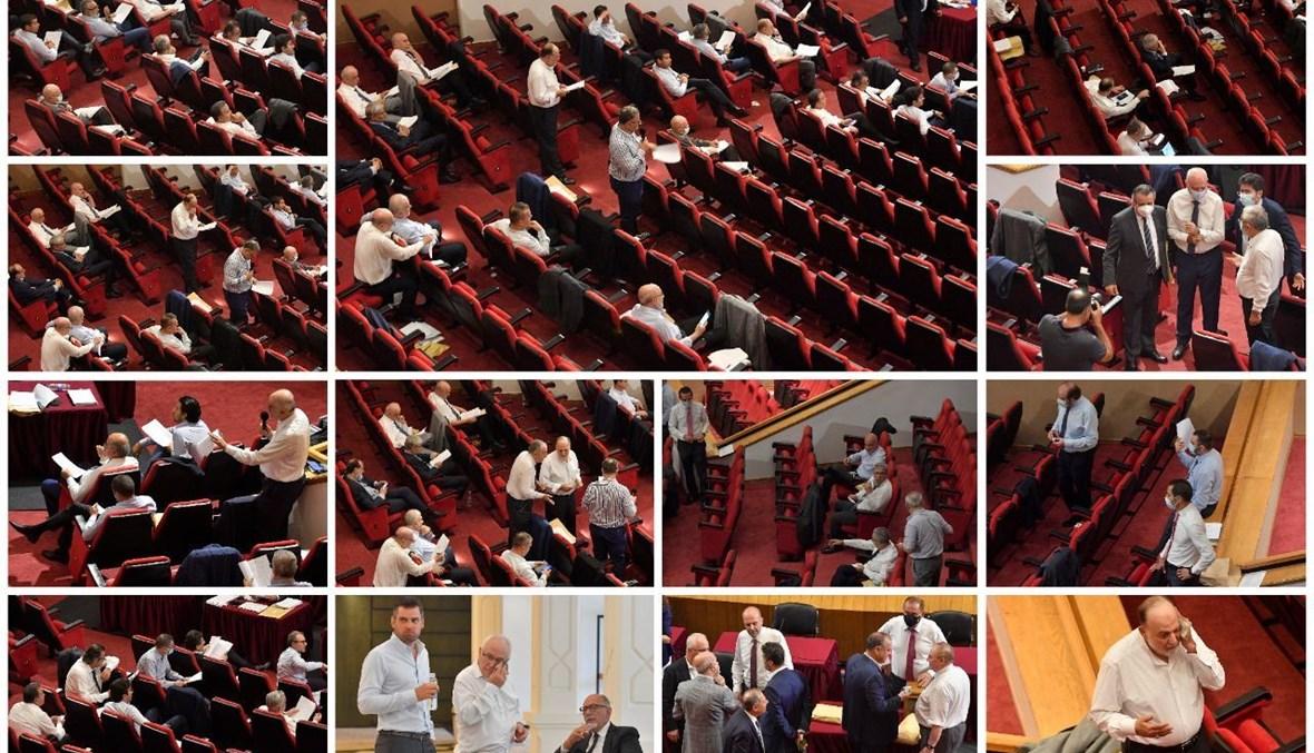 جلسة عامة بلا تكييف والنواب يتصبّبون عرقاً (لقطة جامعة للمشهد في الأونيسكو بعدسة نبيل اسماعيل).