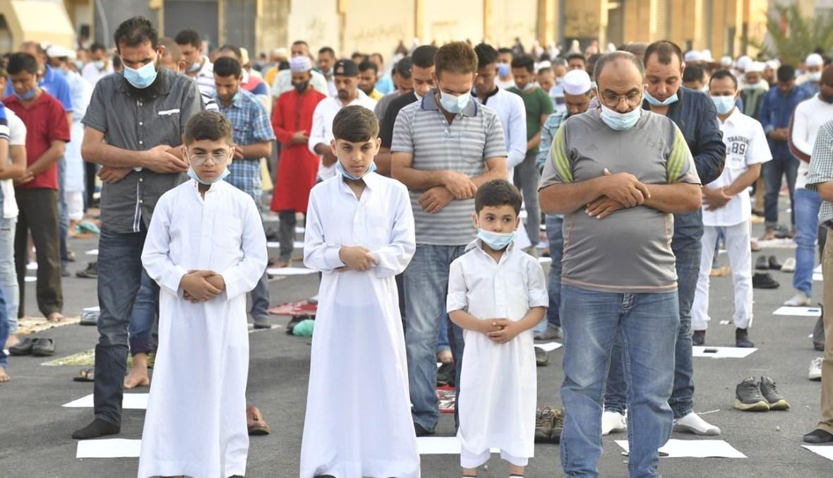 المسلمون يأدّون صلاة عيد الأضحى في بيروت (حسام شبارو).