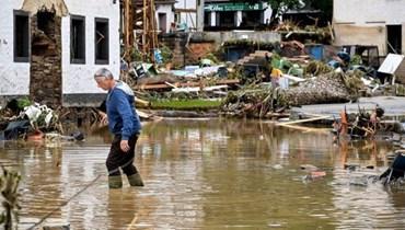فيضانات أوروبا (أ ف ب).