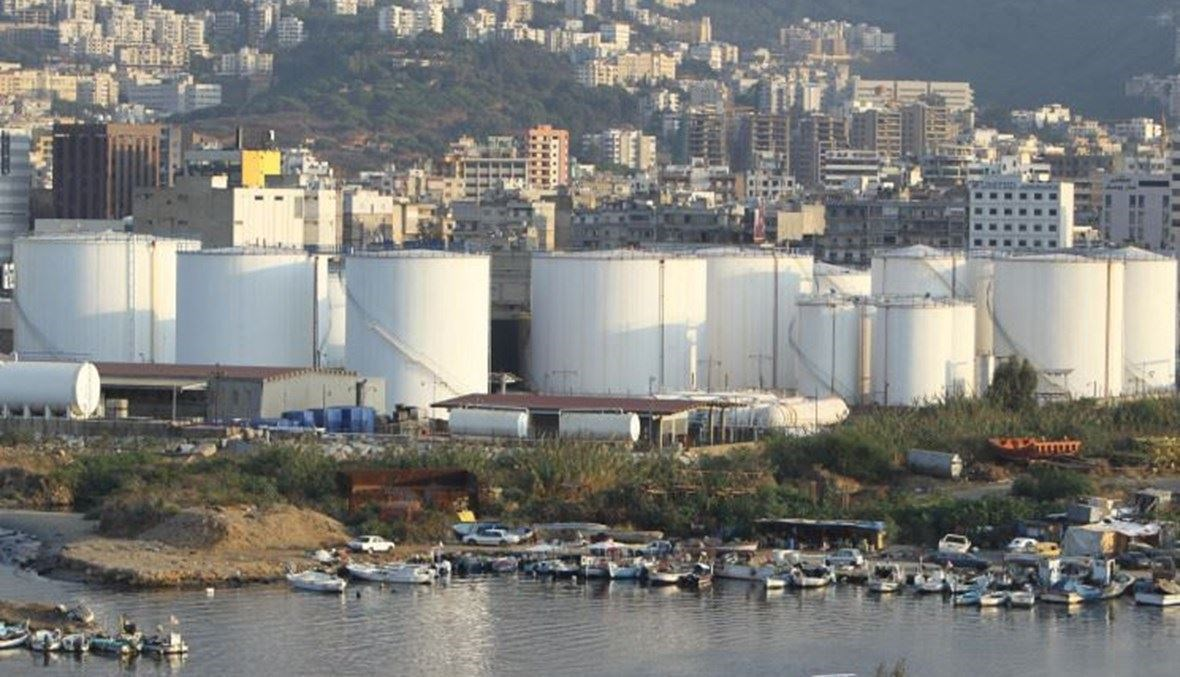 منشآتا النفط في طرابلس والزهراني.