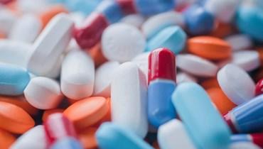 أزمة القطاع الصحي... الأدوية المنتهية الصلاحية إلى الواجهة