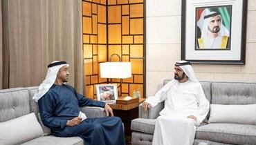 الشيخ محمد بن زايد (الى اليسار) ملتقيا الشيخ محمد بن راشد في دبي (12 تموز 2021، تويتر).