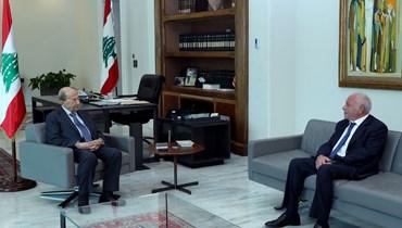 عون يبلغ عويدات استعداده للإدلاء بإفادته في انفجار المرفأ: لا أحد فوق العدالة