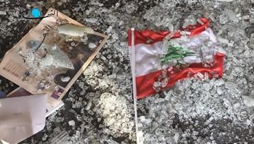 """من آثار انفجار الرابع من آب في جريدة """"النهار"""" (تصوير نبيل اسماعيل)."""