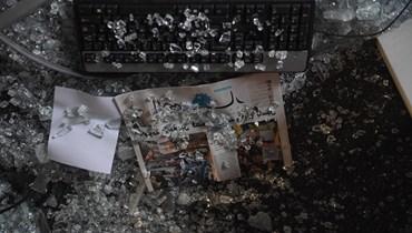 """بكاء ومشاهد لا تصدق: أسرة """"النهار"""" في جلسة تستذكر ما حدث في 4 آب (فيديو)"""