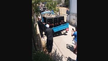 أهالي شويا يصادرون راجمة صواريخ.