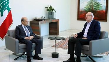 الرئيسان ميشال عون ونجيب ميقاتي.