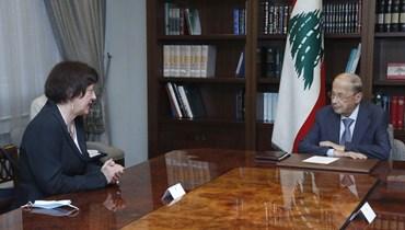 عون والمنسقة الخاصة للأمين العام للأمم المتحدة في لبنان.