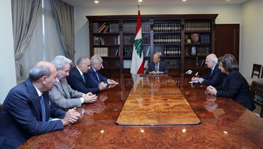 وفد من المجلس الأرثوذكسي اللبناني  يزور عون.