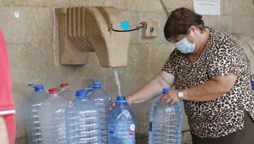 عودة إلى تعبئة المياه من النبع (مارك فياض).