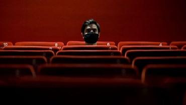 مسرح لبنان عينٌ تُقاوم مئة مخرز... أيّ إبداع على أرض عبثيّة عدميّة؟