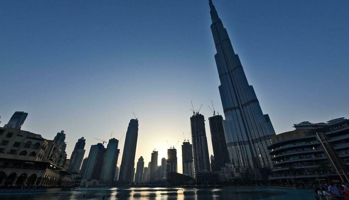 برج خليفة أطول برج في العالم في وسط دبي (أ ف ب).
