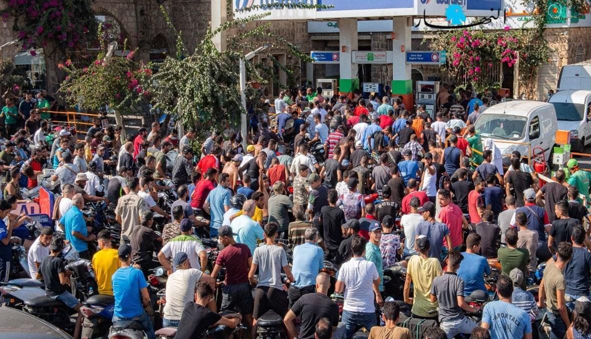 تزاحم أمام محطة وقود (تعبيرية- نبيل إسماعيل).
