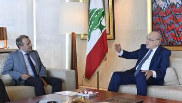 رئيس الحكومة نجيب ميقاتي والنائب جبران باسيل.