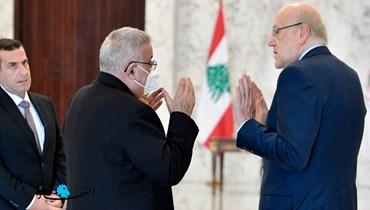 الحكومة الجديدة بين أفغانستان وسوريا
