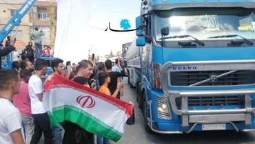 مطلع قافلة الشاحنات المحمّلة النفط الايراني الى لبنان لدى وصولها الي بعلبك (وسام اسماعيل).