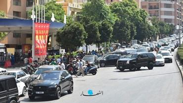 طوابير لبنان مستمرة: هل الجيش هو الحل؟