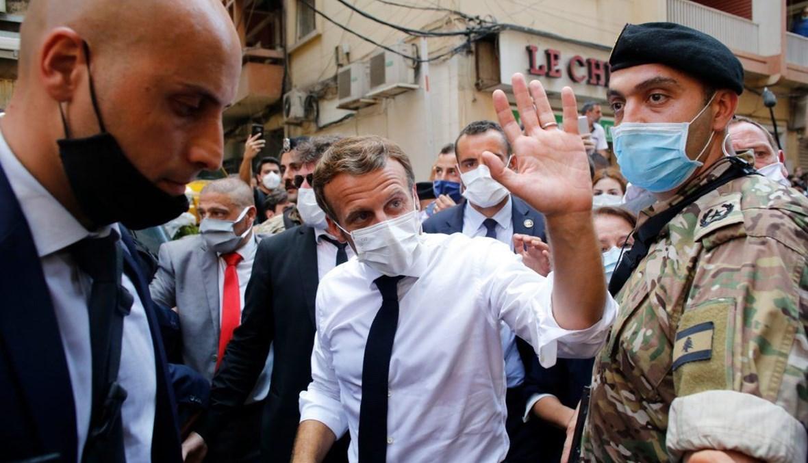 من زيارة الرئيس الفرنسي إلى لبنان. (أ ف ب).