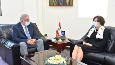 وزير الخارجية والمغتربين عبدالله بو حبيب.