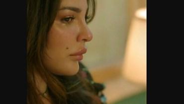 """الممثلة نادين نسيب نجيم بدور زهرة في """"صالون زهرة""""."""