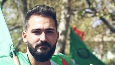 مصطفى زبيب (مواقع التواصل الاجتماعي).