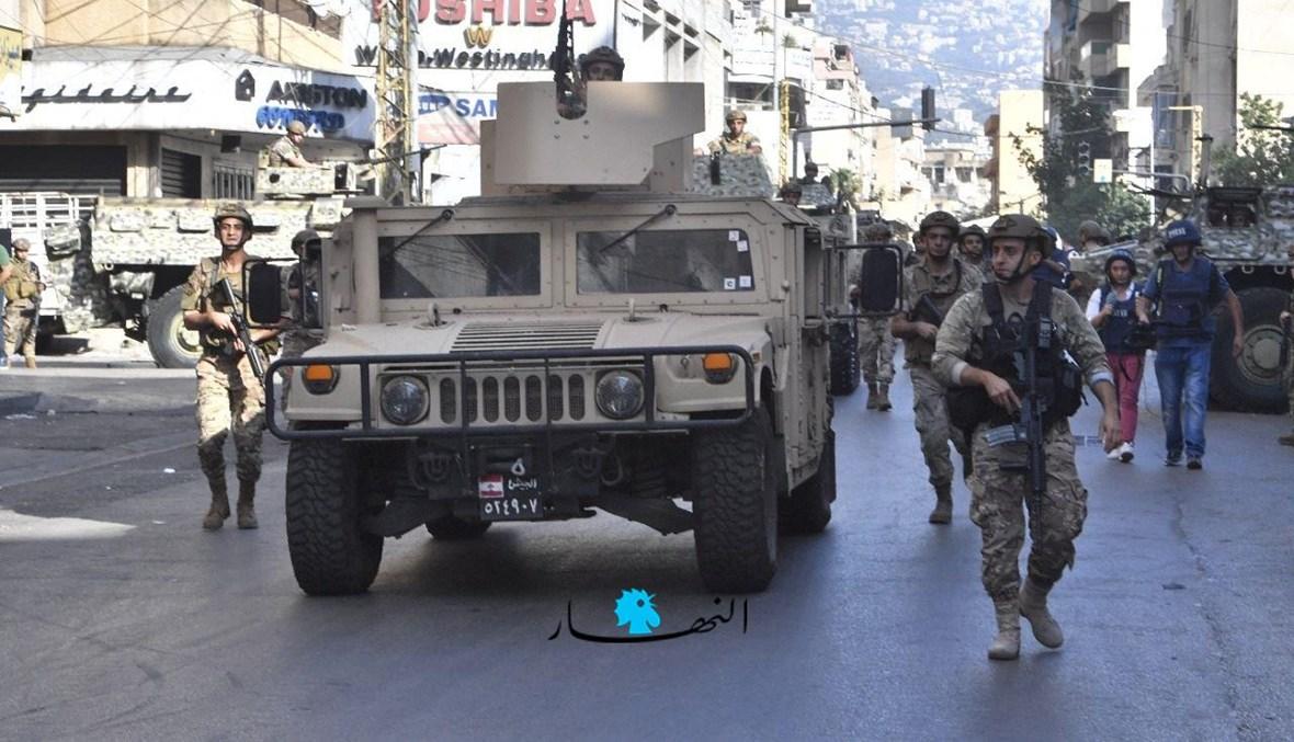 عناصر من الجيش اللبناني في محيط الطيونة (نبيل إسماعيل).