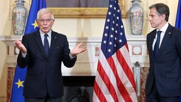 بوريل، الى جانبه وزير الخارجية الاميركي انتوني بلينكن، مصرحا للصحافيين في وزارة الخارجية في واشنطن (14 ت1 2021، أ ف ب).