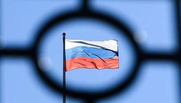 """وزير الدفاع الأميركي في كييف: روسيا تقف """"عائقاً"""" أمام السلام"""