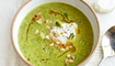 """حساء البروكولي والبازلاء مع """"الريكوتا"""" بالنعناع: من المطبخ العالمي"""