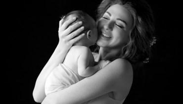 """ميريام فارس تُرزق بطفلها الثاني...  """"جيت بأصعب سنة"""""""