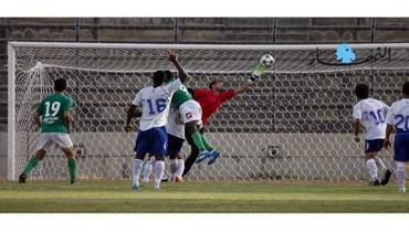 المرحلة الأولى من الدوري العام الـ 55 لكرة القدم \r\nالصفاء غلب النجمة  والنبي شيت أسقط التضامن صور