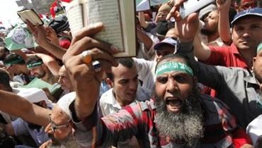 مرشد الاخوان محمد بديع: الانقلاب العسكري باطل