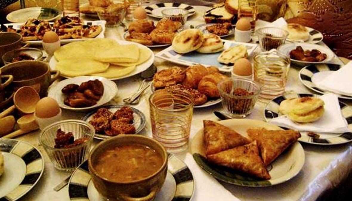 تناول الإفطار في رمضان أصول وقواعد تعرفوا إليها النهار