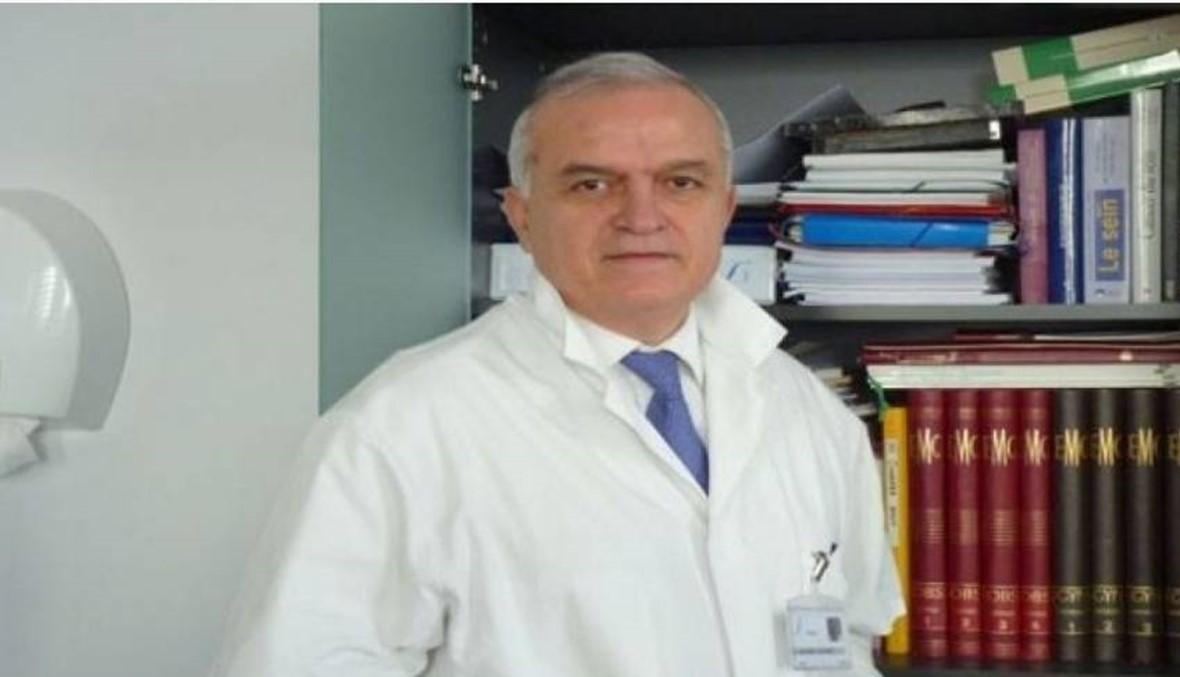 """لبناني يقود ثورة زراعة الأرحام... البروفسور جمال الأيوبي: """"الديك بصيح وربك بيطلّع الضو"""""""