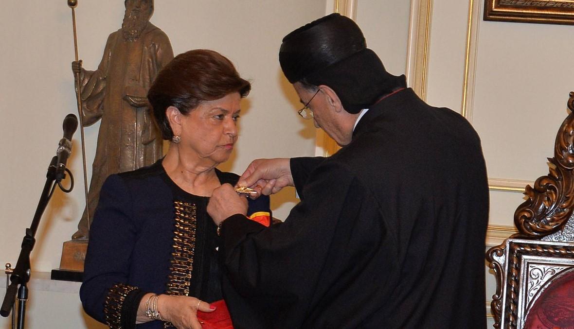 """روز الشويري مُكرّمة في بكركي... """"هذا الوسام تستحقه كل سيدة لبنانية"""" (صور)"""