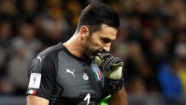 عشاق المنتخب الإيطالي يبررون خروجه من المونديال