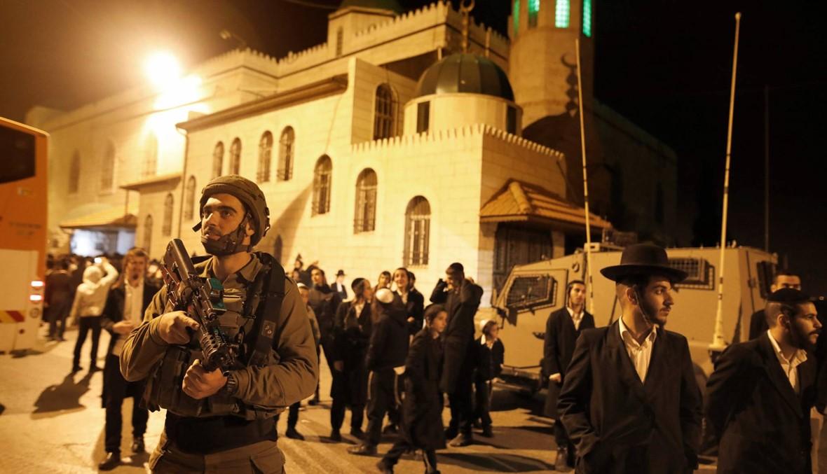 مئات اليهود المتشدّدين صلّوا قرب مسجد في الضفة... تسجيل مناوشات مع الفلسطينيّين