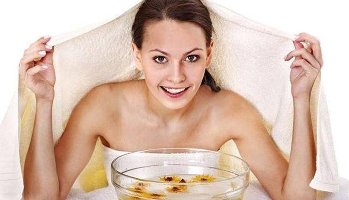 إليكِ طريقة تنظيف البشرة الدهنية