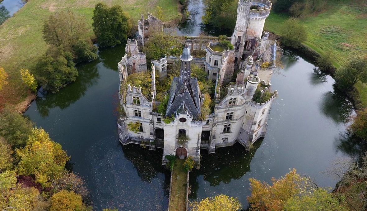 قصرٌ أثري للبيع في فرنسا... 25 ألف شارٍ من 115 بلدًا