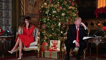 """ترامب شارك في تقليد """"نوراد""""  \r\nسانتا كلوس وزّع الهدايا على ملايين الأولاد"""