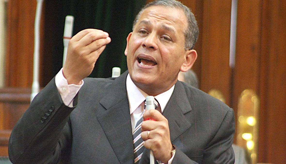 """ابن شقيق السادات يتخلّى عن فكرة الترشّح لرئاسة مصر... الحقّ على """"المناخ السياسي"""""""