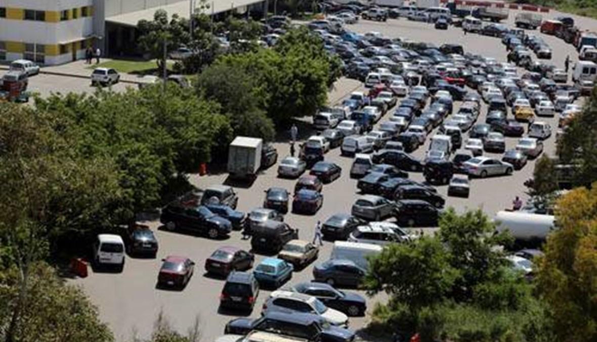 لتخفيف الزحمة  في مراكز معاينة السيارات... هذا ما طلبه المشنوق من هيئة إدارة السير