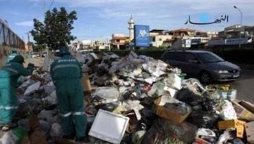رئيس الاتحاد العمالي العام يحذر من المعالجات الخاطئة والمضرة في موضوع النفايات