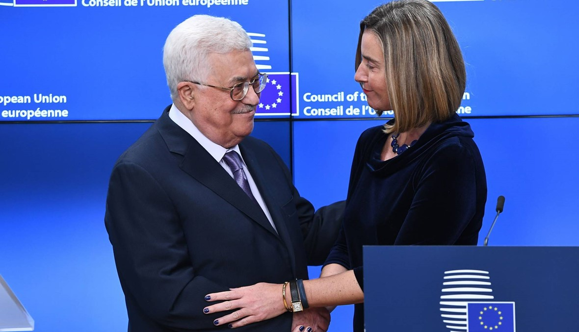 """عباس التقى موغيريني في بروكسيل: الاعتراف """"سريعا"""" بفلسطين """"دولة مستقلة"""""""