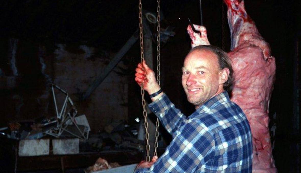 قتل 49 بائعة هوى وطحن جثثهنّ في مزرعته وباع لحومهنّ